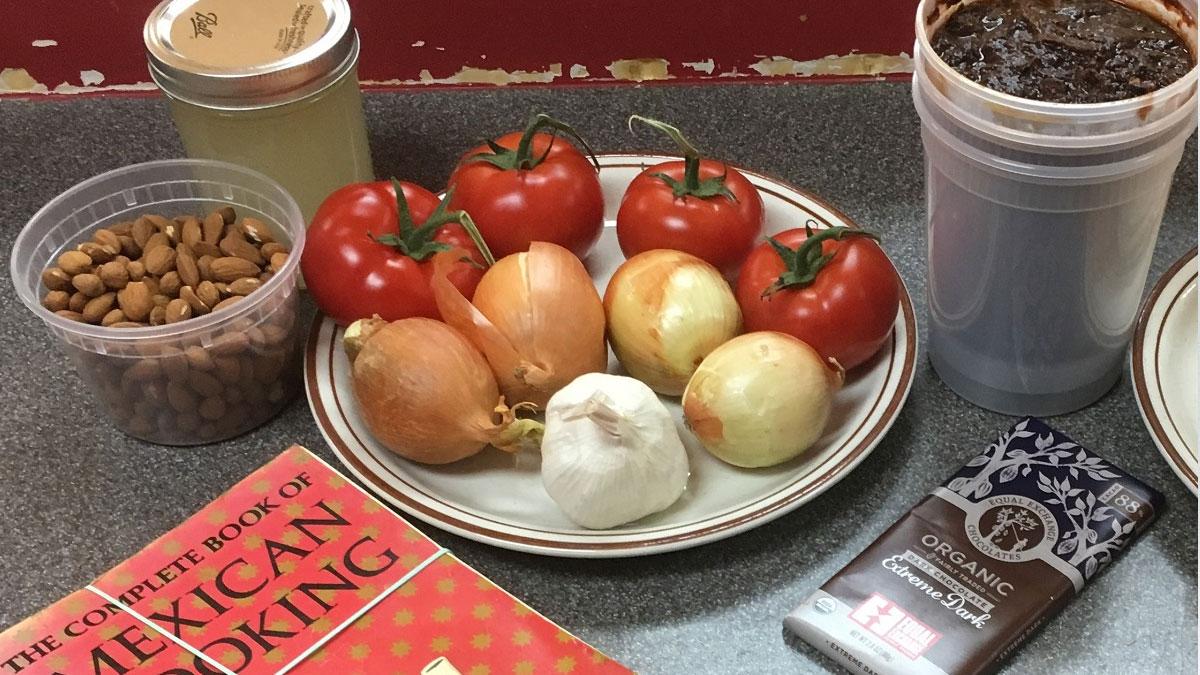 ingredientes para mole poblano